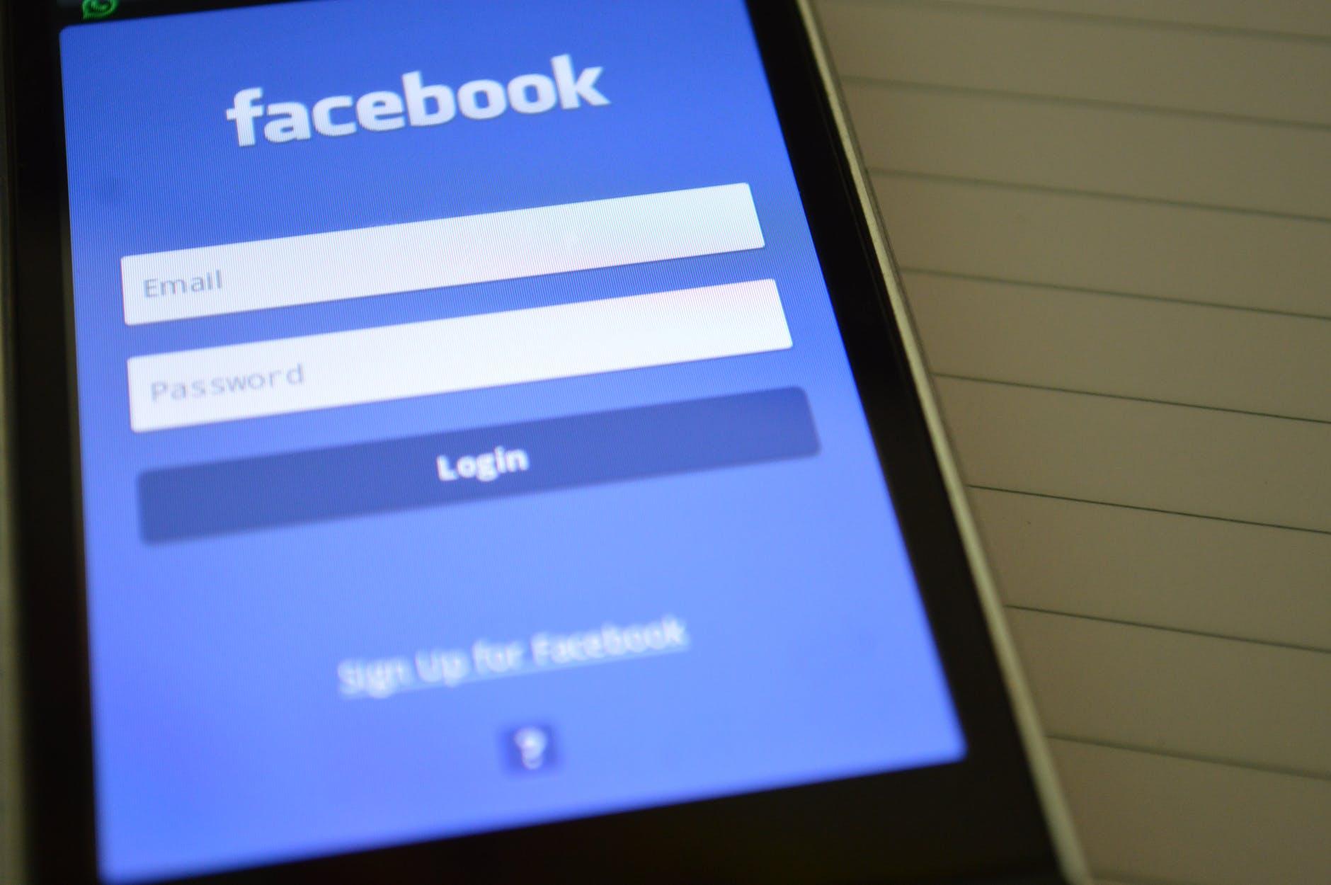 tipos-de-redes-sociais-facebook